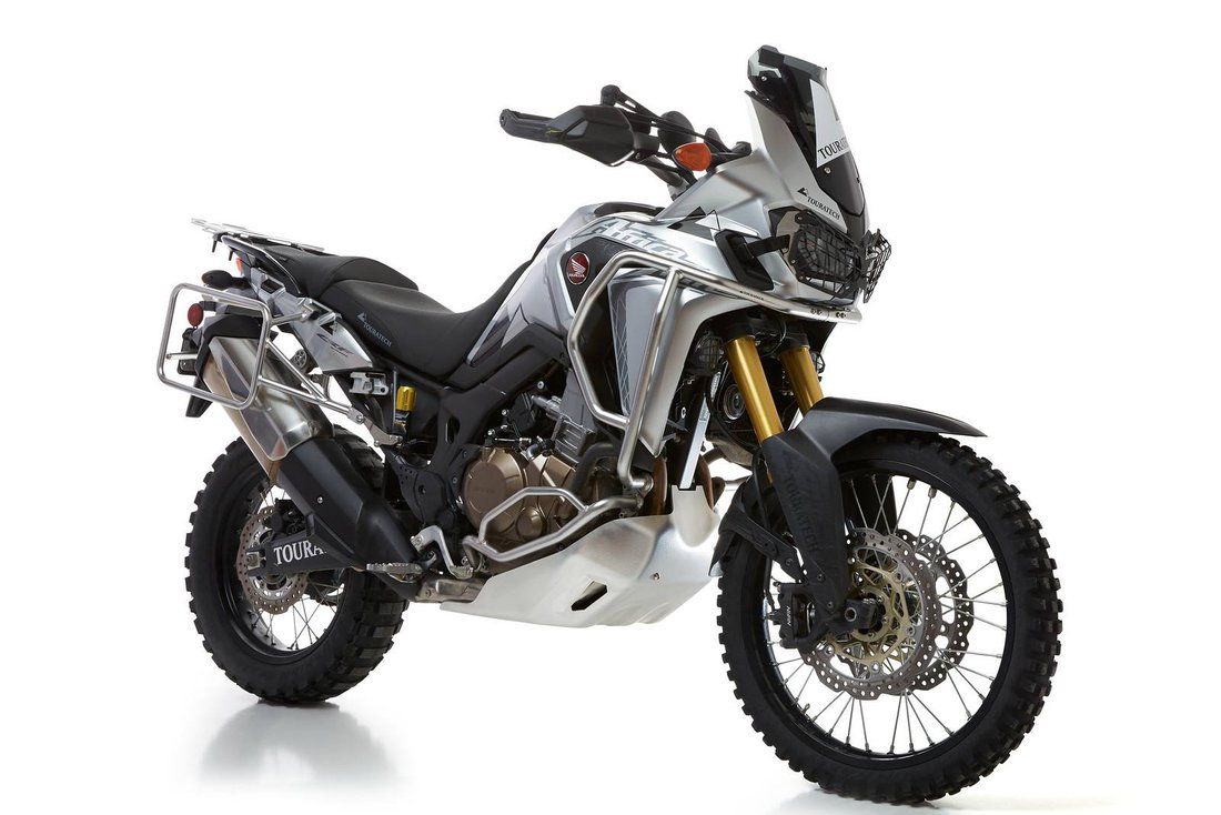 Honda Africa Twin CRF1000L vo výbave Touratech