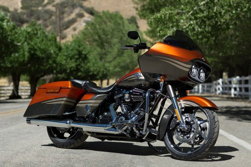 CVO™ Road Glide® Custom